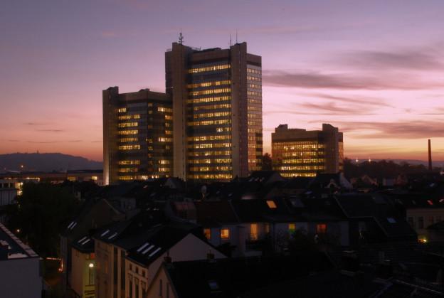 Stadthaus Bonn (bei Nacht)
